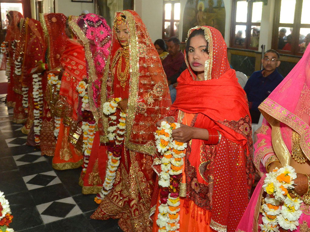 mass marriages to curb expensive marriages