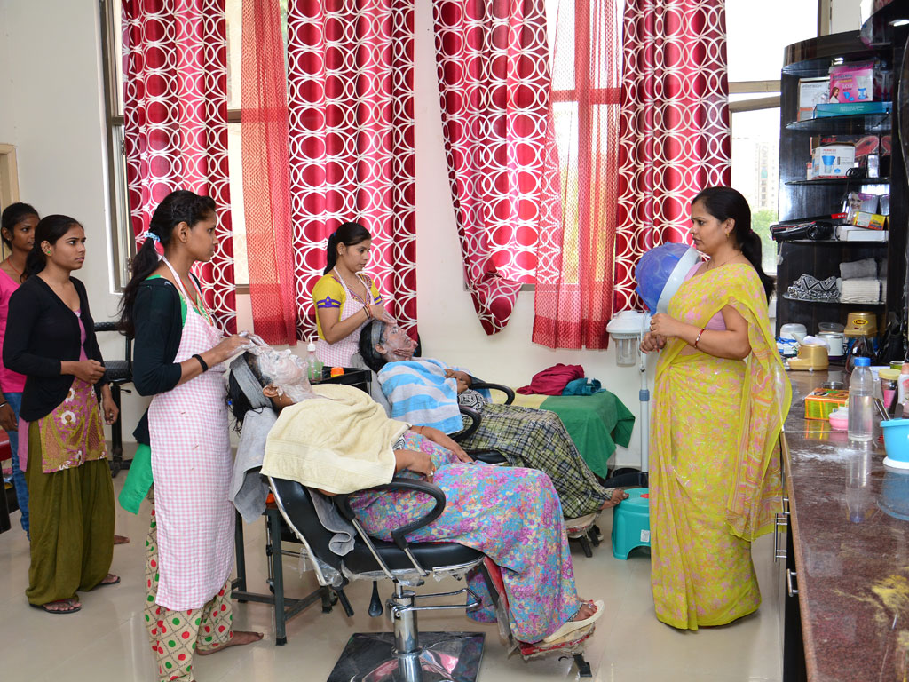 vocational training in beauty & wellness