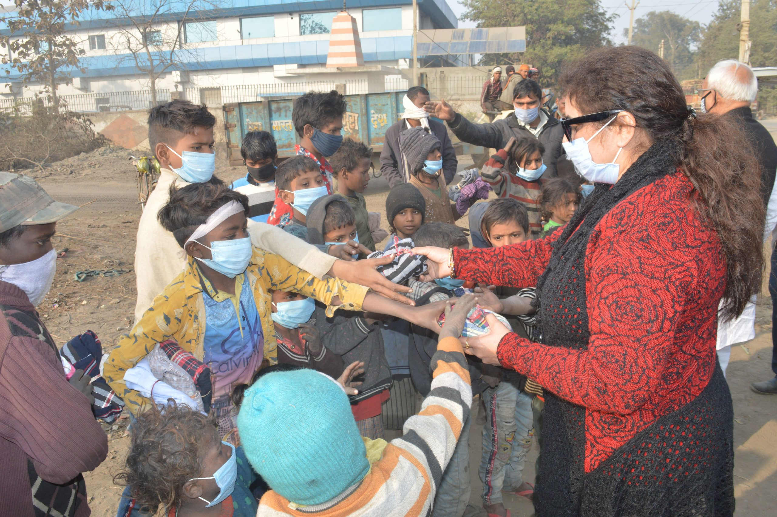 Clothes Distribution in Faridabad