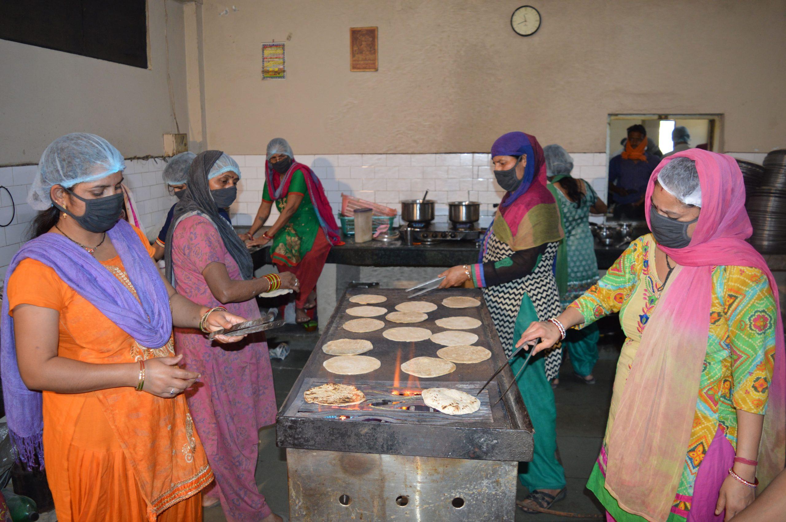 Cooking Food in Faridabad